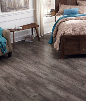 Laminate Flooring in Milwaukee